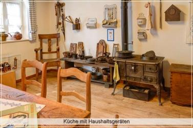 Alte Küche mit Küchengeräten